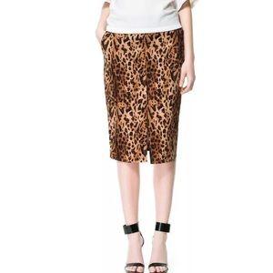 Zara Basic Leopard Print Pencil Size M